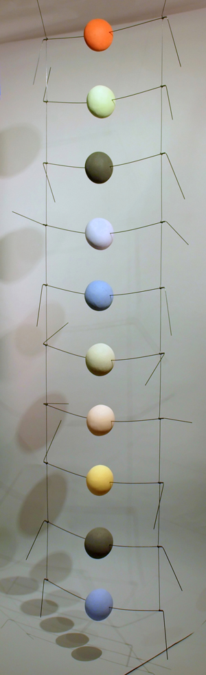 Vertimo (2011) clay, steel wire, 96 x 26 x 14